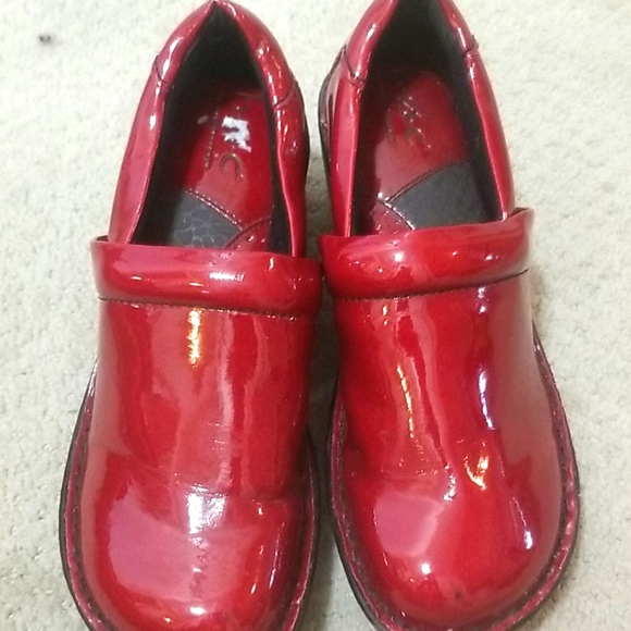 Women boc shoes